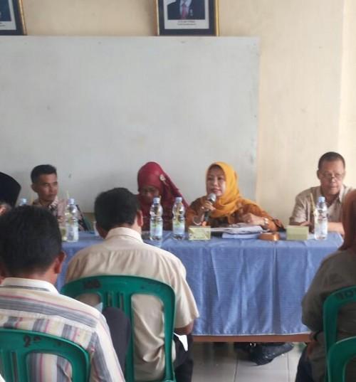 Sosialisasi tentang Pengadministrasian Kependudukan di Desa Pabuaran