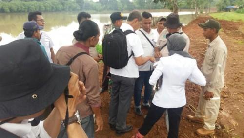 Dari Tim Kabupaten Bogor mengadakan peninjauan buat batas setu kemuning