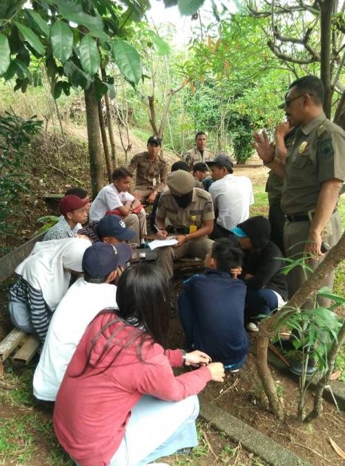 Razia anak sekolah di Perumahan Bilabong oleh POL - PP Kecamatan Bojonggede